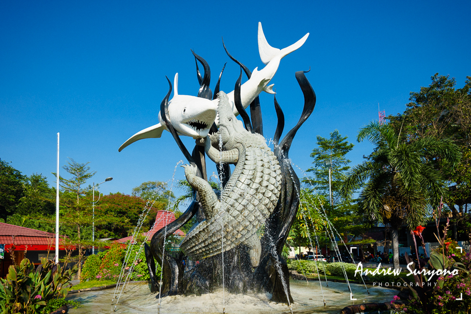 The Iconic Sura and Baya Statue in Wonokromo, Surabaya